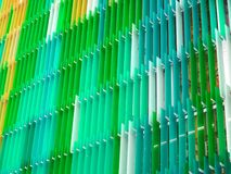 丙烯酸酯的塑料板料内部五级一些白色和颜色 库存照片