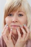 丙烯酸酯的指甲盖 库存照片