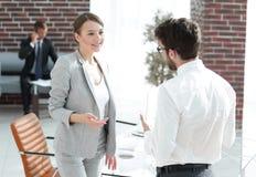 业务会议有商务伙伴的女商人 库存图片