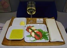 业务分类在一条长途航线的开胃菜服务 免版税图库摄影