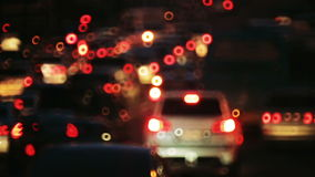 业务量在城市 大道夜 在路的繁忙运输 有汽车的夜城市 影视素材