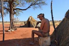 丛林居民村庄,喀拉哈里沙漠,纳米比亚 免版税库存照片