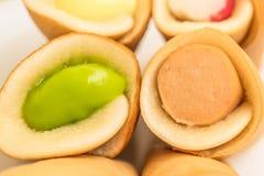 东京卷薄煎饼pandan乳蛋糕装填 免版税库存照片