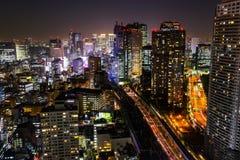 东京地平线都市风景在晚上 图库摄影