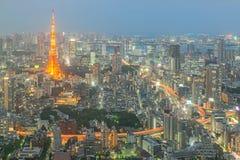 东京塔在晚上在东京,日本 图库摄影