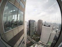 东京大城市政府大厦的观察台 免版税库存照片