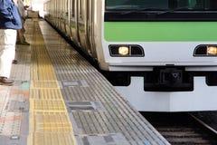 东京市郊火车 免版税库存图片