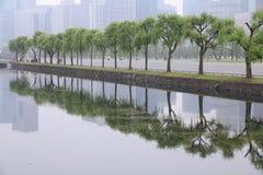 东京烟雾 库存图片