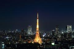 东京都市风景在晚上,日本 库存图片