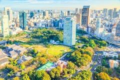 东京都市风景日落时间视图的从观察台东京塔,东京,日本 库存图片