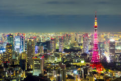 东京都市风景从六本木H的天空视图的场面夜间 免版税图库摄影