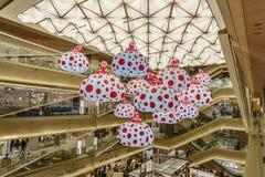 东京,日本- 2017年7月26日:南瓜模型Kusama Yay 免版税库存照片