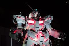 东京,日本- 2017年11月19日:有夜光的Gundam机器人在Odaiba,日本 库存照片