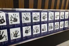 东京,日本- 2017年5月13日:著名相扑摔跤手Handprints 库存图片