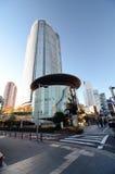 东京,日本- 2013年11月23日:人们在东京参观Mori塔 免版税图库摄影