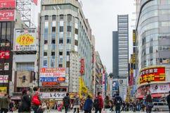 东京,日本- 2016年11月21日:新宿` s Kabuki中央罗阿 库存照片