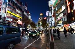 东京,日本- 11月28 :涩谷是公认的青年时尚 库存图片