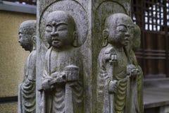 东京-日本-平安的石宗教菩萨雕象 图库摄影