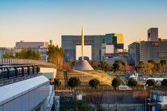 东京2015年11月28日:东京都市风景看法与公园,亚帕的 库存照片