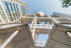 东京- 2016年5月22日:富士电视台总部设现代大厦 它 免版税库存照片
