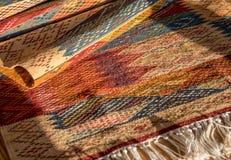 东方人上色了巴巴里人地毯 免版税库存图片