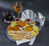 东方印地安人集合,鸡科尔马,鸡tikka masala, naan b 免版税库存照片