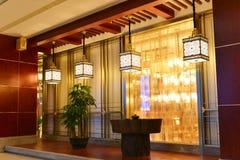 东方样式装饰和吊灯 免版税库存照片