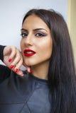 东方样式 肉欲的阿拉伯妇女模型 美丽的干净的皮肤 免版税图库摄影