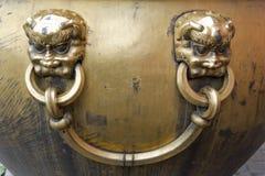 东方黄铜把柄 免版税库存图片