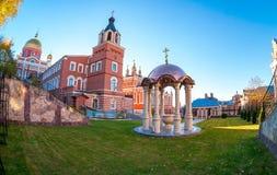 东正教教会 Iversky妇女` s修道院在夏日 库存图片