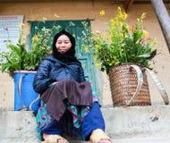 东范,河江市,越南, 2017年11月18日, :Hmong妇女在东范district,河江市省,在越南西北部 库存图片