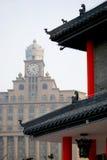 东部一起满足西方大厦 免版税库存图片