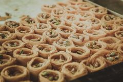 东部点心果仁蜜酥饼用开心果 免版税图库摄影