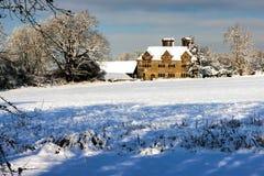 东部GRINSTEAD,西部SUSSEX/UK - 1月7日:冬天场面在Eas 免版税库存照片