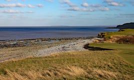 东部quantoxhead海滩在萨默塞特,看在布里斯托尔湾 免版税图库摄影