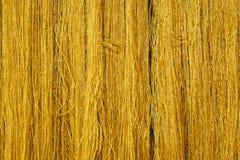 丝绸纤维金黄颜色 免版税库存照片