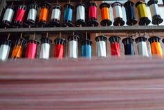 丝绸线程数短管轴 免版税库存照片