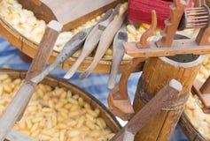 丝绸编织的工具 库存照片