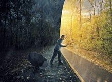 丢失在雨中 免版税库存照片