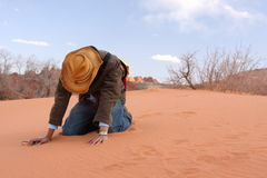 丢失的信念在沙漠 图库摄影