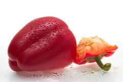 丢弃新鲜的胡椒甜点水 免版税库存照片