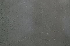 丢弃玻璃水 免版税图库摄影