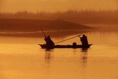 两个人划船视图 图库摄影