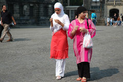 两个回教女孩 免版税库存图片