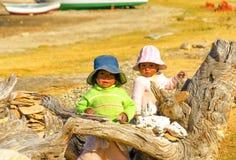 两个土产孩子 免版税库存图片