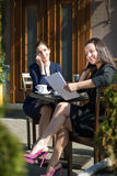 两个女商人 免版税图库摄影
