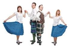 两个对苏格兰人舞蹈的舞蹈家 库存图片