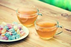 两个杯子绿茶 库存图片