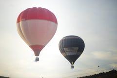 两个气球日出 免版税图库摄影