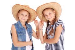 两个相当12岁的女孩 库存图片
